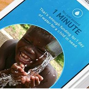 10 minutos sin tocar tu celular = Un vaso de agua pura para niñosnecesitados
