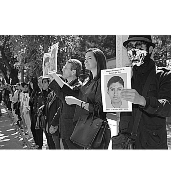 MARISALOPEZCOLLADO CON AYOTZINAPA #MARISAINFORMACON