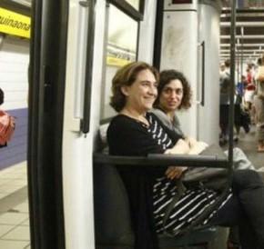 Los funcionarios de gobierno han sido obligados a viajar en clase comercial (enEspaña)