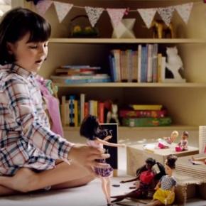 ¿Ya viste el comercial que esta cambiando la forma de ver a lasBarbies?