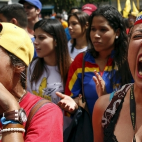 Asesinan a líder opositor venezolano en acto de campaña (se encontraba con Lilian Tintori cuandosucedió)